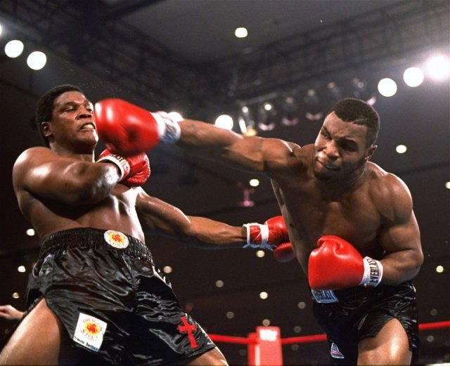 Mike Tyson and Muhammed Ali (artistic depiction)